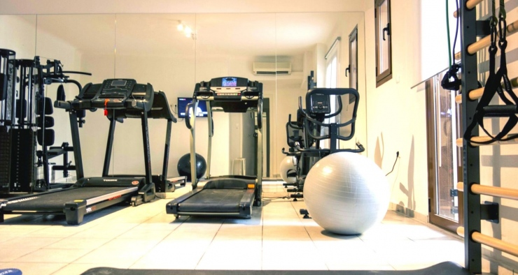 studio-gym-equipment-leos